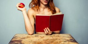 Health-dangers-of-reading-erotic-novels-for-women